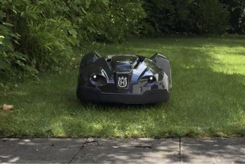 Ausführlicher Testbericht vom Husqvarna Automower 430x Mähroboter